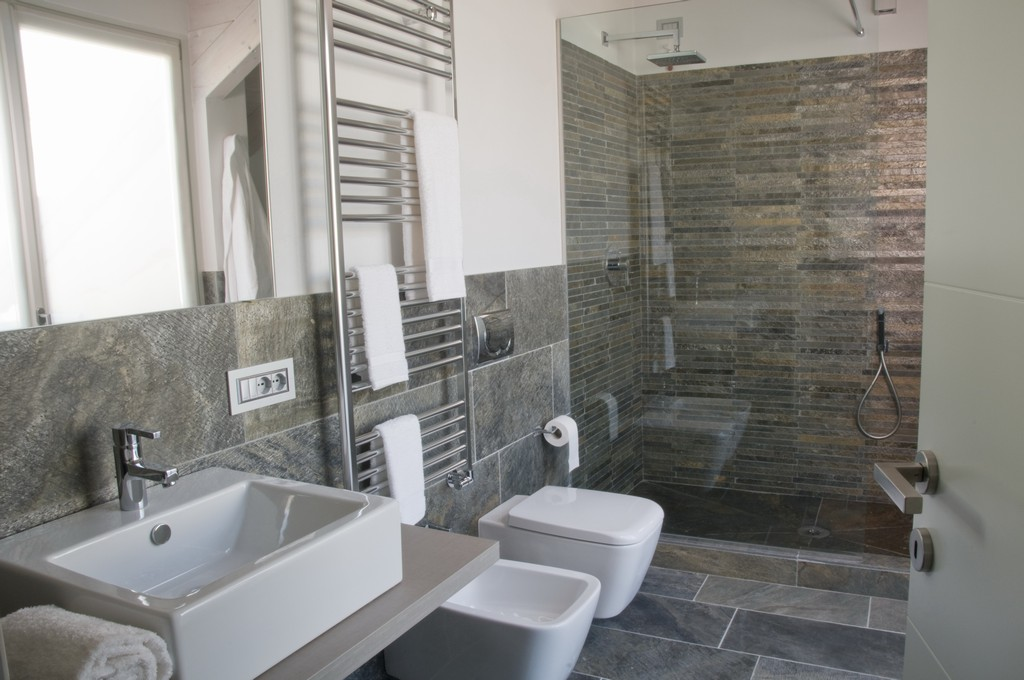 Rivestimento Doccia In Pietra Naturale Pictures to pin on Pinterest